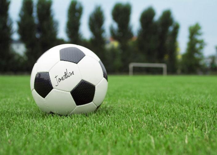 10123 FootballSignature