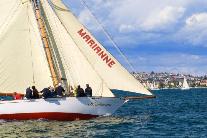 11032 SailingYacht